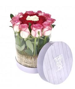Розовый колодец